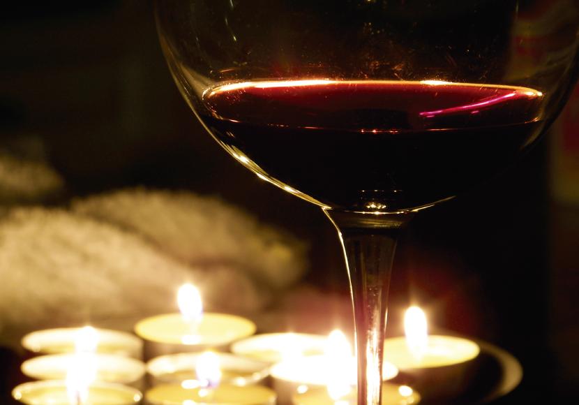 vino-tinto-830×580